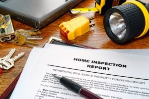 An image of an inspector performing a pre purchase building inspection